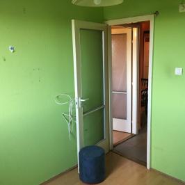 Eladó  panellakás (Budapest, III. kerület) 31 M  Ft