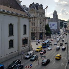 Eladó  téglalakás (<span class='notranslate'>Budapest, V.  </span>kerület) 124.9 M   <span class='notranslate'>Ft</span>