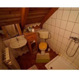 Eladó  családi ház (Budapest, III. kerület) 84,9 M  Ft