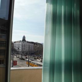Eladó  téglalakás (<span class='notranslate'>Budapest, XI.  </span>kerület) 66,9 M   <span class='notranslate'>Ft</span>