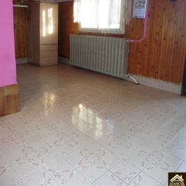 Eladó  családi ház (<span class='notranslate'>Újhartyán</span>, <span class='notranslate'></span>) 34,5 M   <span class='notranslate'>Ft</span>