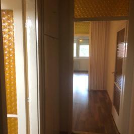 Eladó  panellakás (Budapest, XV. kerület) 27,9 M  Ft