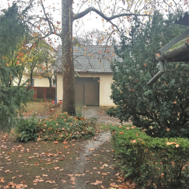 Eladó  családi ház (Vecsés) 72,3 M  Ft