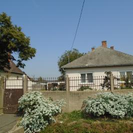 Eladó  családi ház (Nyírpazony) 17,9 M  Ft