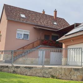 Eladó  családi ház (<span class='notranslate'>Paks</span>, <span class='notranslate'>Újváros</span>) 75 M   <span class='notranslate'>Ft</span>