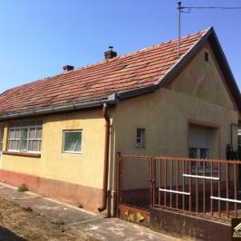 Eladó  családi ház (Inárcs) 9,9 M  Ft
