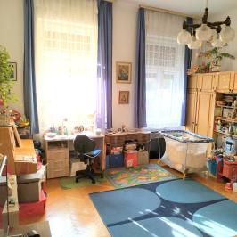 Eladó  téglalakás (Budapest, III. kerület) 43,99 M  Ft