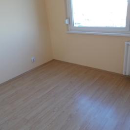 Eladó  panellakás (Budapest, IV. kerület) 35,8 M  Ft
