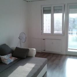 Eladó  panellakás (Budapest, XV. kerület) 28,49 M  Ft