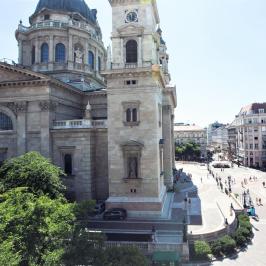 Eladó  téglalakás (Budapest, V. kerület) 330 M  Ft