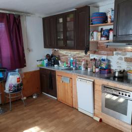 Eladó  családi ház (Csörög, Kecskerágó) 8 M  Ft