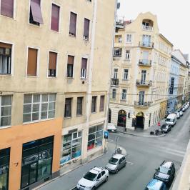 Eladó  téglalakás (Budapest, VII. kerület) 57,9 M  Ft