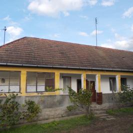 Eladó  családi ház (Perőcsény) 2,9 M  Ft