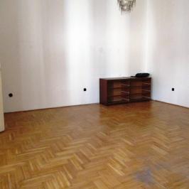 Eladó  téglalakás (Budapest, V. kerület) 41,7 M  Ft
