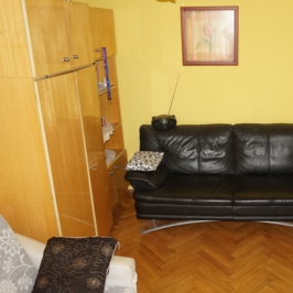 Eladó  panellakás (Budapest, III. kerület) 34,5 M  Ft