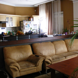 Eladó  családi ház (<span class='notranslate'>Budapest, XVIII.  </span>kerület) 84,9 M   <span class='notranslate'>Ft</span>