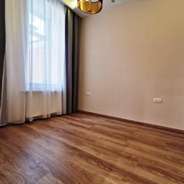 Eladó  téglalakás (Budapest, VII. kerület) 52,9 M  Ft