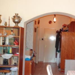 Eladó  családi ház (<span class='notranslate'>Budaörs</span>, <span class='notranslate'>Kő-hegy</span>) 45 M   <span class='notranslate'>Ft</span>