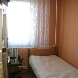 Eladó  panellakás (<span class='notranslate'>Budapest, XVII.  </span>kerület) 28,5 M   <span class='notranslate'>Ft</span>