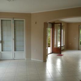 Eladó  családi ház (Budaörs, Törökugrató) 85 M  Ft