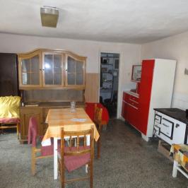 Eladó  családi ház (Székely) 5,5 M  Ft