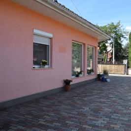 Eladó  családi ház (<span class='notranslate'>Budapest, XXI.  </span>kerület) 79,9 M   <span class='notranslate'>Ft</span>