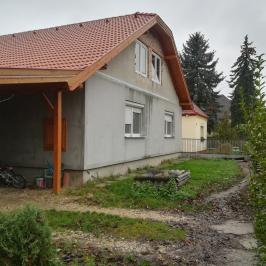 Eladó  családi ház (<span class='notranslate'>Szárliget</span>, <span class='notranslate'></span>) 32,9 M   <span class='notranslate'>Ft</span>