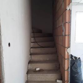 Eladó  családi ház (Dunakeszi) 63,9 M  Ft
