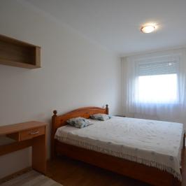 Eladó  panellakás (Debrecen, Tócóskert) 24,5 M  Ft