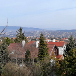 Eladó  telek (Budapest, III. kerület) 70 M  Ft