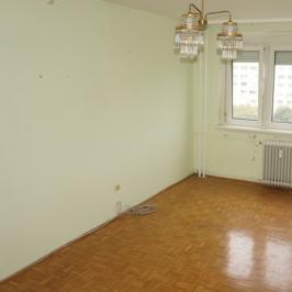 Eladó  panellakás (Budapest, III. kerület) 31,99 M  Ft