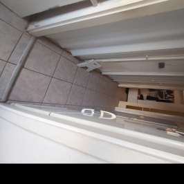 Eladó  panellakás (Budapest, III. kerület) 28,3 M  Ft