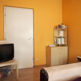 Eladó  panellakás (Budapest, XX. kerület) 27,5 M  Ft