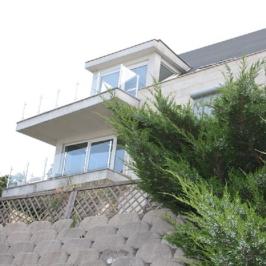 Eladó  téglalakás (Budapest, III. kerület) 116,5 M  Ft