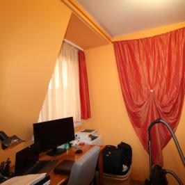 Eladó  panellakás (Debrecen) 24,2 M  Ft