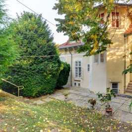 Eladó  családi ház (<span class='notranslate'>Budapest, II.  </span>kerület) 210 M   <span class='notranslate'>Ft</span>