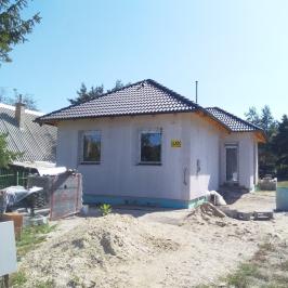 Eladó  családi ház (<span class='notranslate'>Erdőkertes</span>, <span class='notranslate'></span>) 44,6 M   <span class='notranslate'>Ft</span>