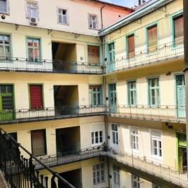 Eladó  téglalakás (<span class='notranslate'>Budapest, VI.  </span>kerület) 109 M   <span class='notranslate'>Ft</span>