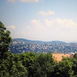Eladó  téglalakás (Budapest, XII. kerület) 240 M  Ft