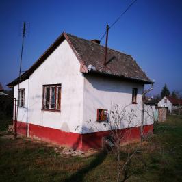 Eladó  nyaraló (<span class='notranslate'>Debrecen</span>, <span class='notranslate'>Biczó István-kert</span>) 3,9 M   <span class='notranslate'>Ft</span>