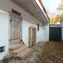 Eladó  családi ház (<span class='notranslate'>Szentendre</span>, <span class='notranslate'>Belváros</span>) 650 M   <span class='notranslate'>Ft</span>