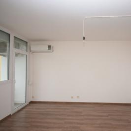 Eladó  panellakás (Budapest, XXI. kerület) 29,9 M  Ft