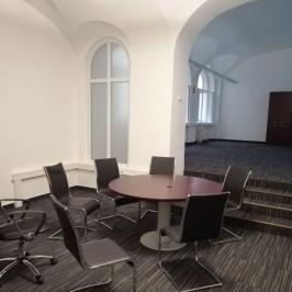 Kiadó  iroda (Budapest, VI. kerület) 305,9 E  Ft/hó +ÁFA