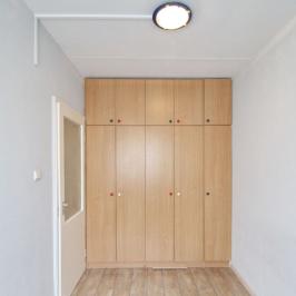 Kiadó  panellakás (Debrecen) 85 E  Ft/hó