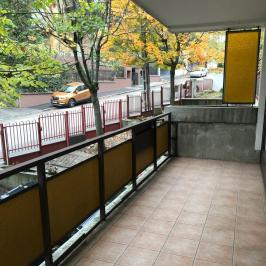 Eladó  téglalakás (Budapest, II. kerület) 79,9 M  Ft