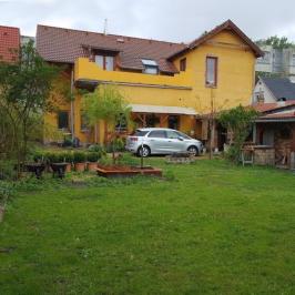 Eladó  családi ház (<span class='notranslate'>Budapest, XV.  </span>kerület) 119,9 M   <span class='notranslate'>Ft</span>