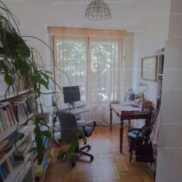 Eladó  családi ház (<span class='notranslate'>Budapest, III.  </span>kerület) 215 M   <span class='notranslate'>Ft</span>