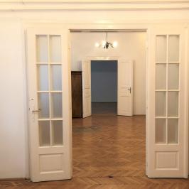 Kiadó  iroda (<span class='notranslate'>Budapest, X.  </span>kerület) 190 E   <span class='notranslate'>Ft</span>/hó