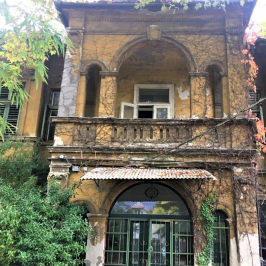 Eladó  villa (<span class='notranslate'>Budapest, XV.  </span>kerület) 279 M   <span class='notranslate'>Ft</span>