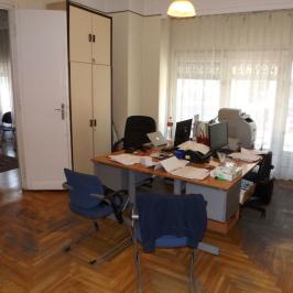 Eladó  téglalakás (<span class='notranslate'>Budapest, VII.  </span>kerület) 104,2 M   <span class='notranslate'>Ft</span>